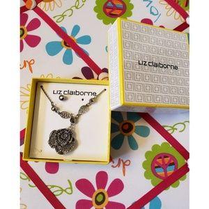 Liz claiborne Necklace